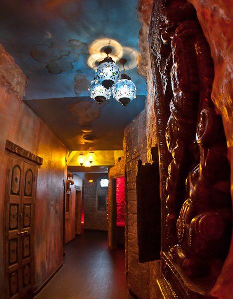 play rooms coins calins Moon City Paris (4)
